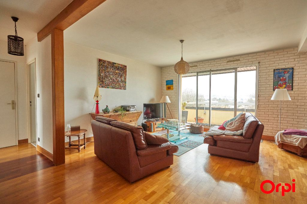 Appartement à vendre 5 116.11m2 à Limoges vignette-4