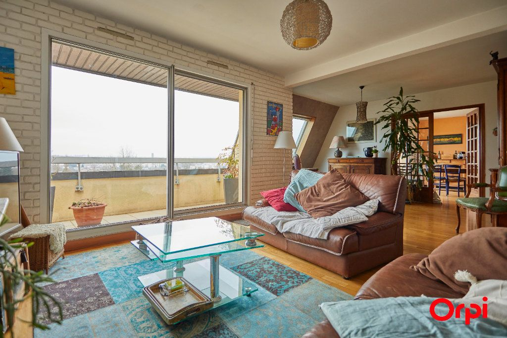 Appartement à vendre 5 116.11m2 à Limoges vignette-5