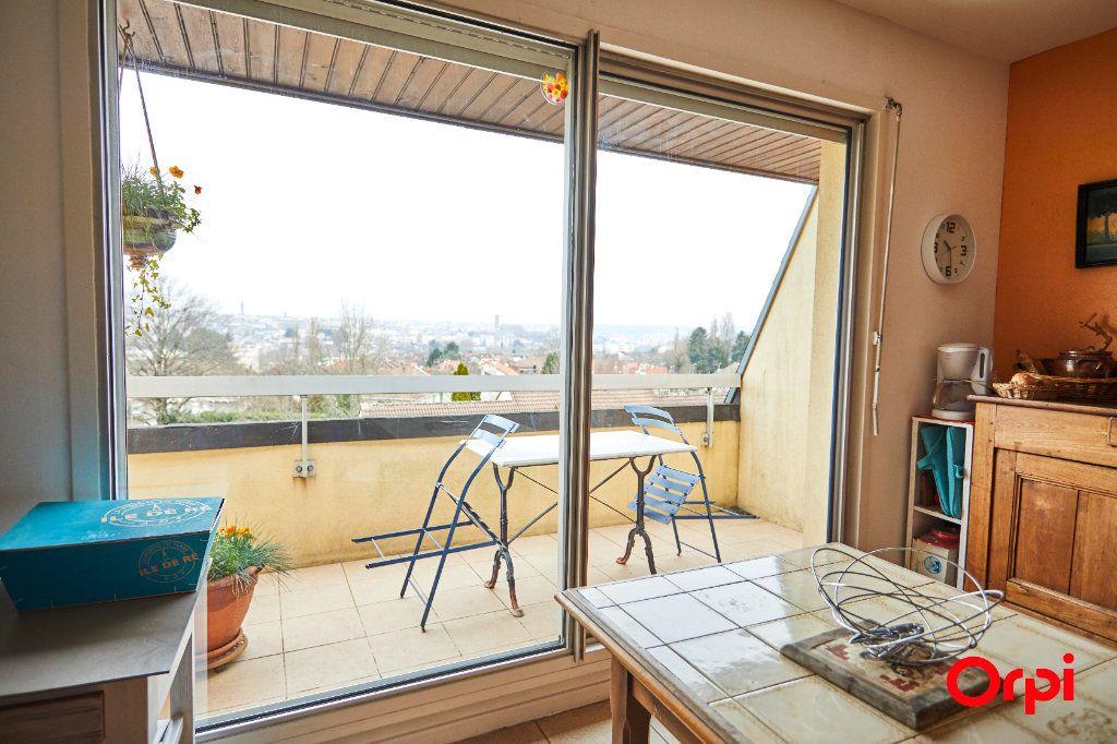 Appartement à vendre 5 116.11m2 à Limoges vignette-8