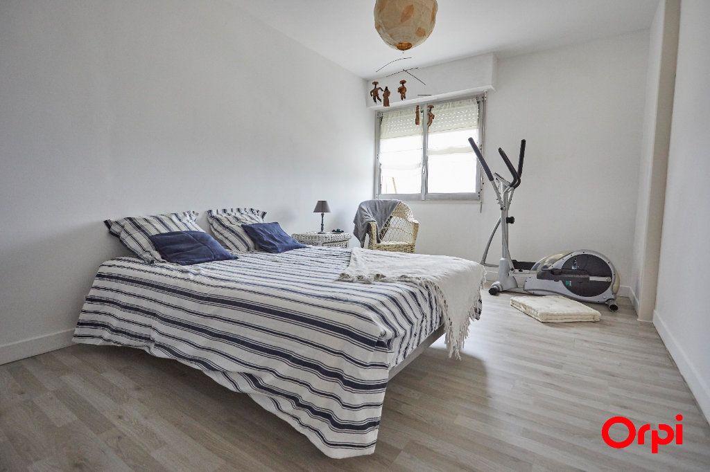 Appartement à vendre 5 116.11m2 à Limoges vignette-9
