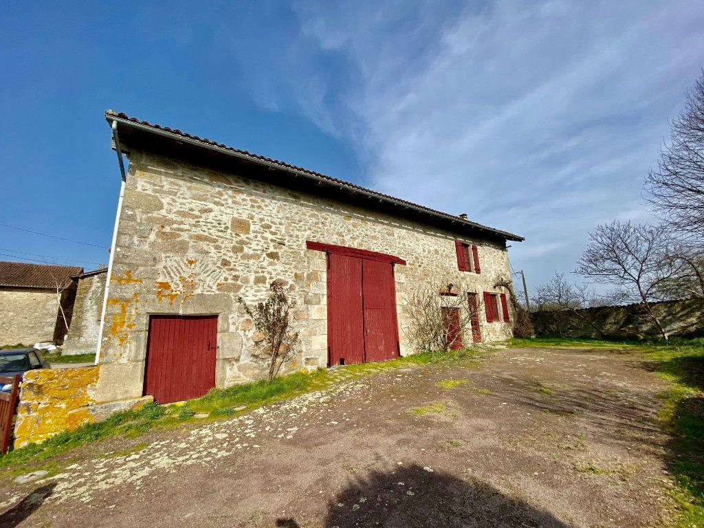Maison à vendre 5 100m2 à Oradour-sur-Glane vignette-2