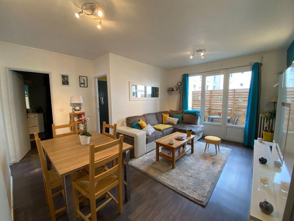 Appartement à vendre 3 55.69m2 à Limoges vignette-1