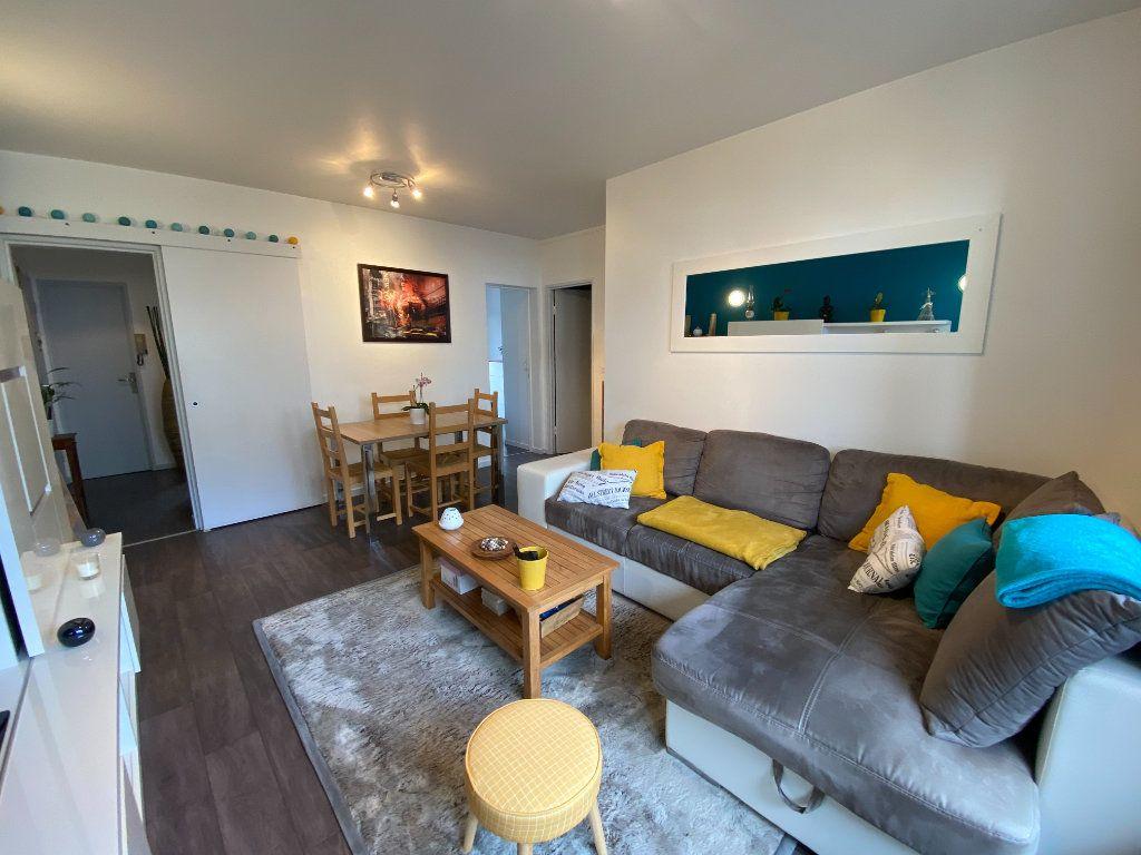 Appartement à vendre 3 55.69m2 à Limoges vignette-2