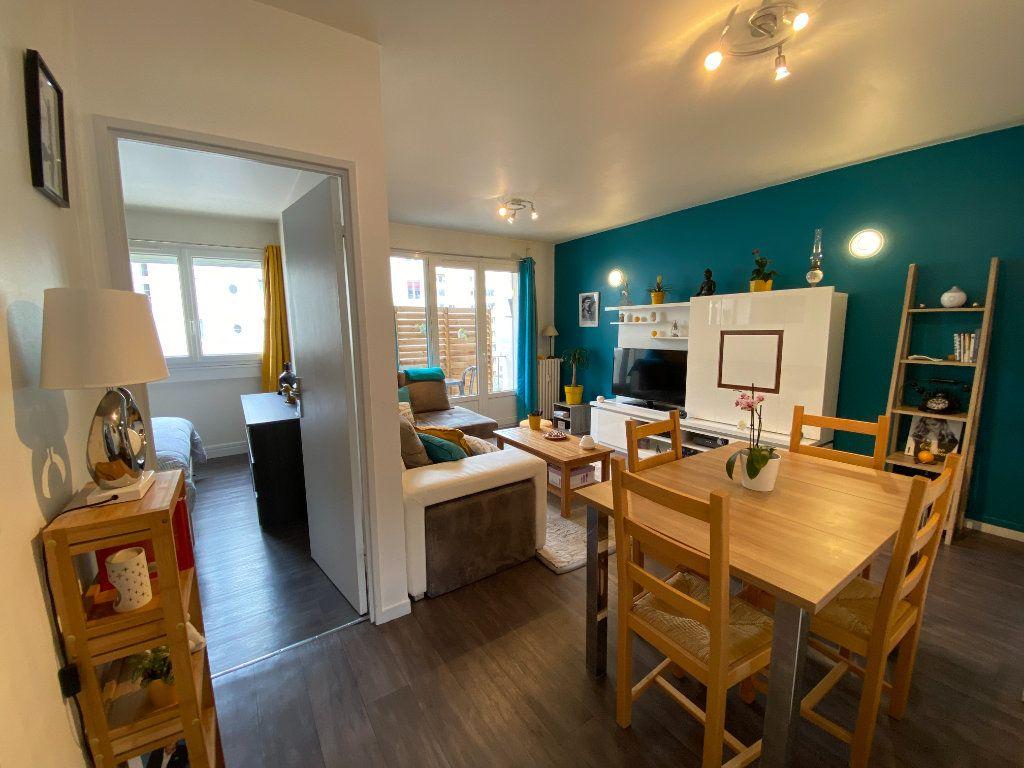 Appartement à vendre 3 55.69m2 à Limoges vignette-3