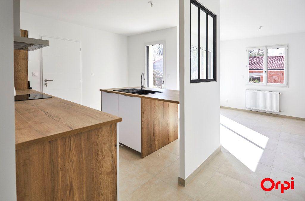 Maison à vendre 5 96.39m2 à Feytiat vignette-5