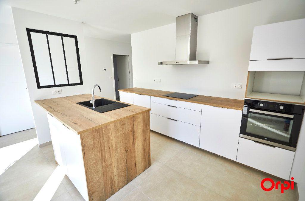 Maison à vendre 5 96.39m2 à Feytiat vignette-6