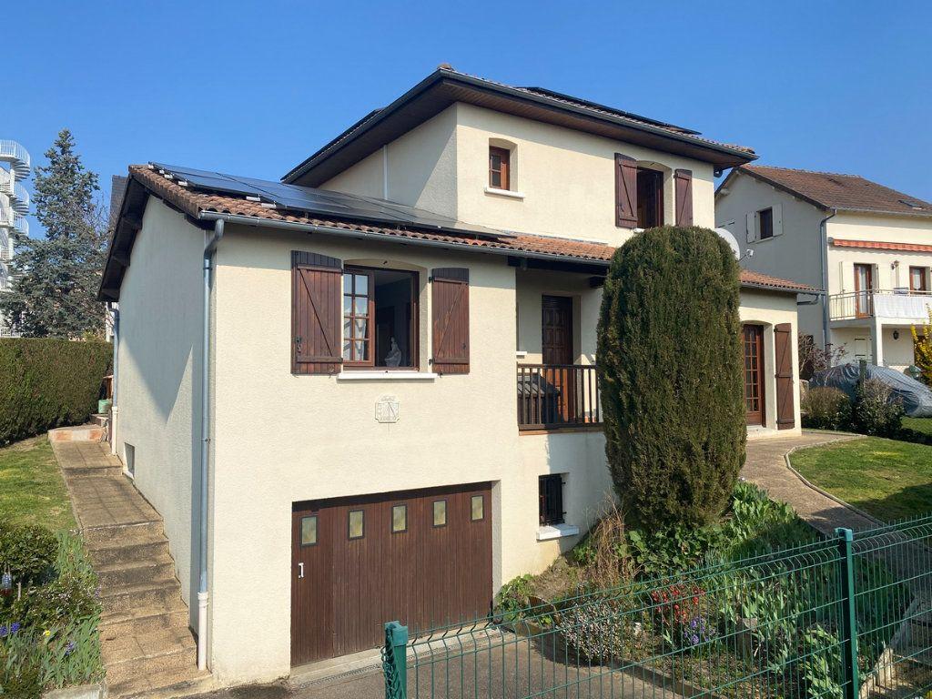 Maison à vendre 5 120m2 à Limoges vignette-2