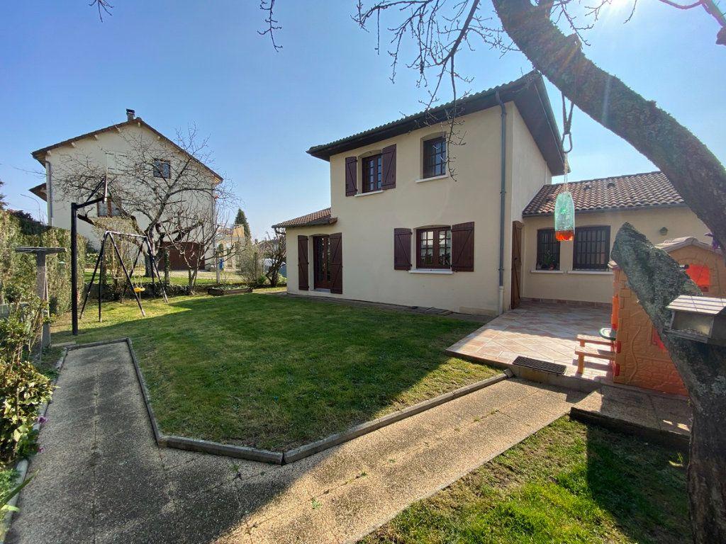 Maison à vendre 5 120m2 à Limoges vignette-3