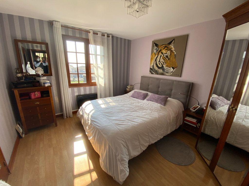 Maison à vendre 5 120m2 à Limoges vignette-9