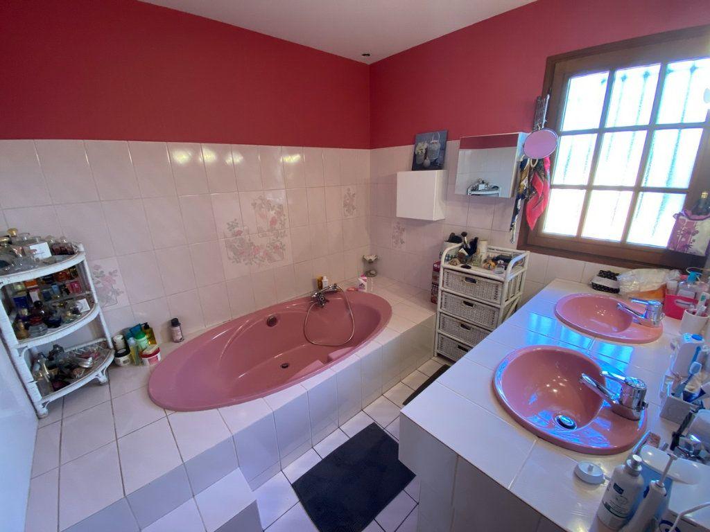 Maison à vendre 5 120m2 à Limoges vignette-11