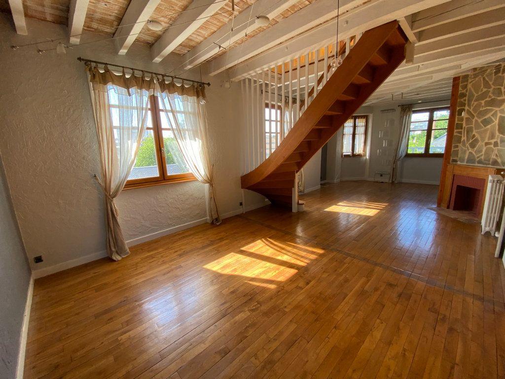 Appartement à vendre 5 121.2m2 à Limoges vignette-2