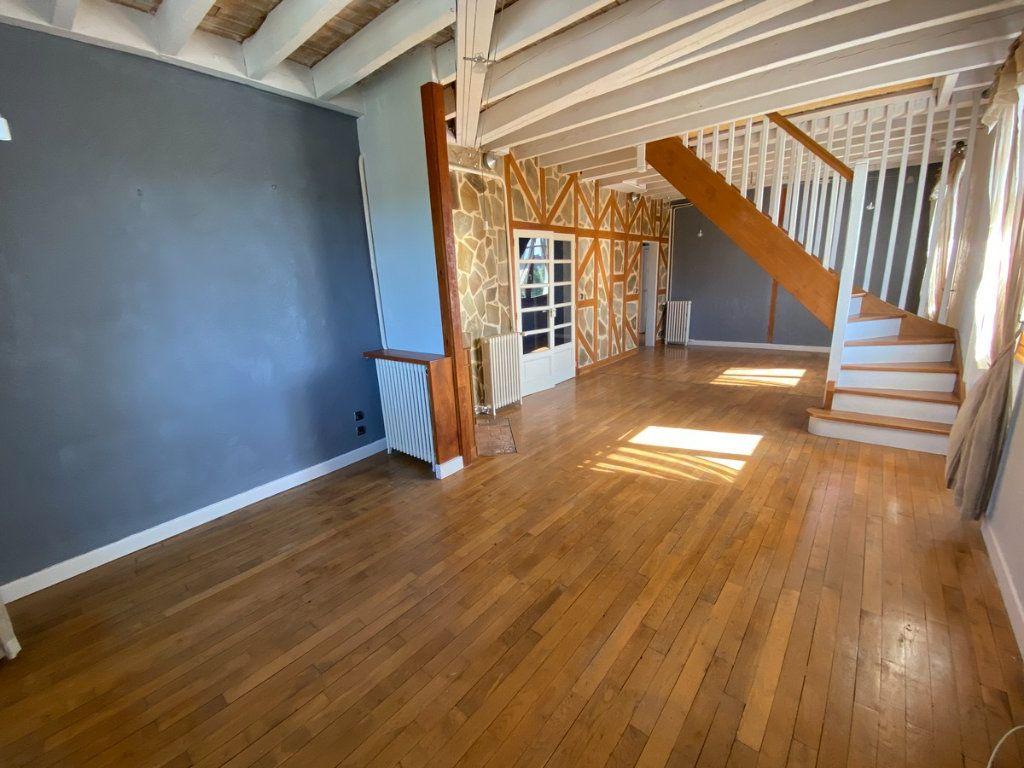 Appartement à vendre 5 121.2m2 à Limoges vignette-3
