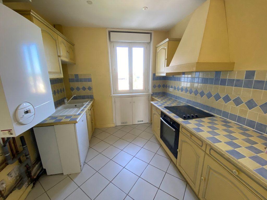 Appartement à vendre 5 121.2m2 à Limoges vignette-6