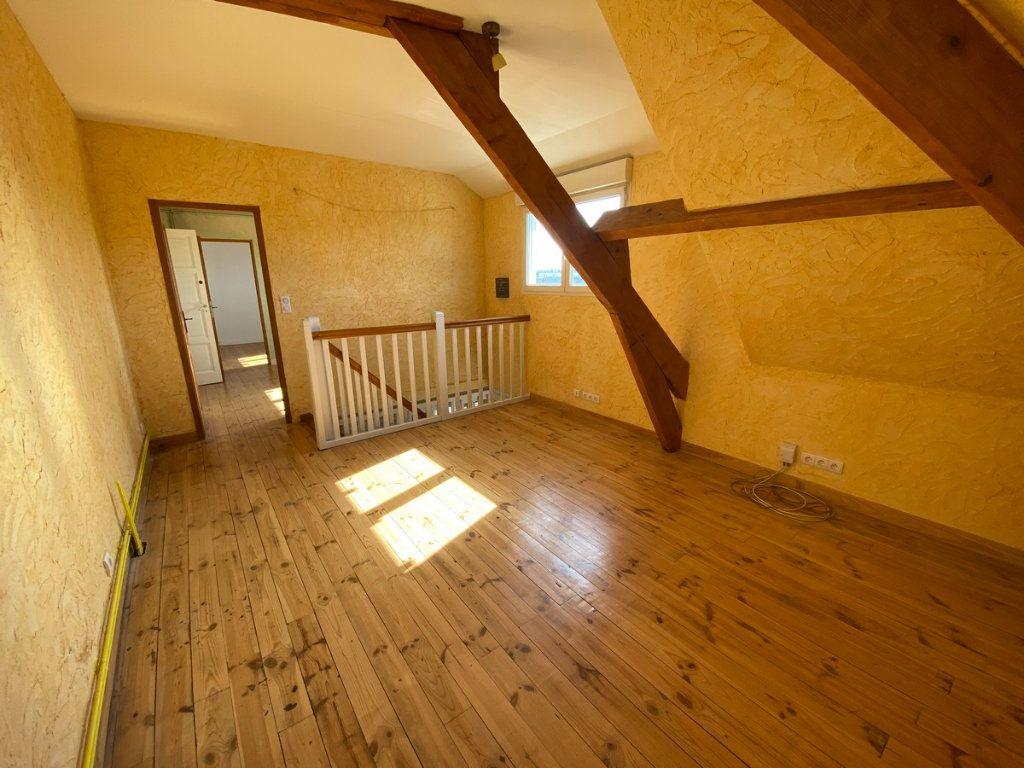 Appartement à vendre 5 121.2m2 à Limoges vignette-7
