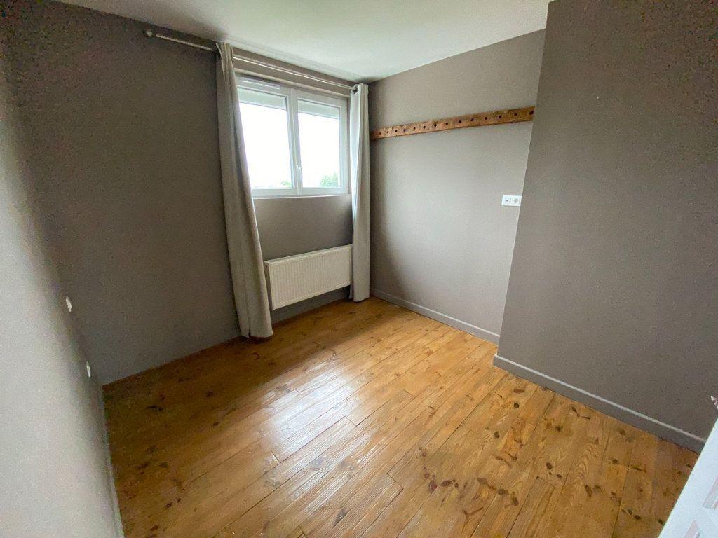 Appartement à vendre 5 121.2m2 à Limoges vignette-9