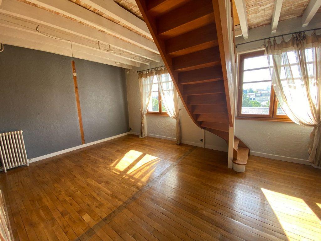 Appartement à vendre 5 121.2m2 à Limoges vignette-15