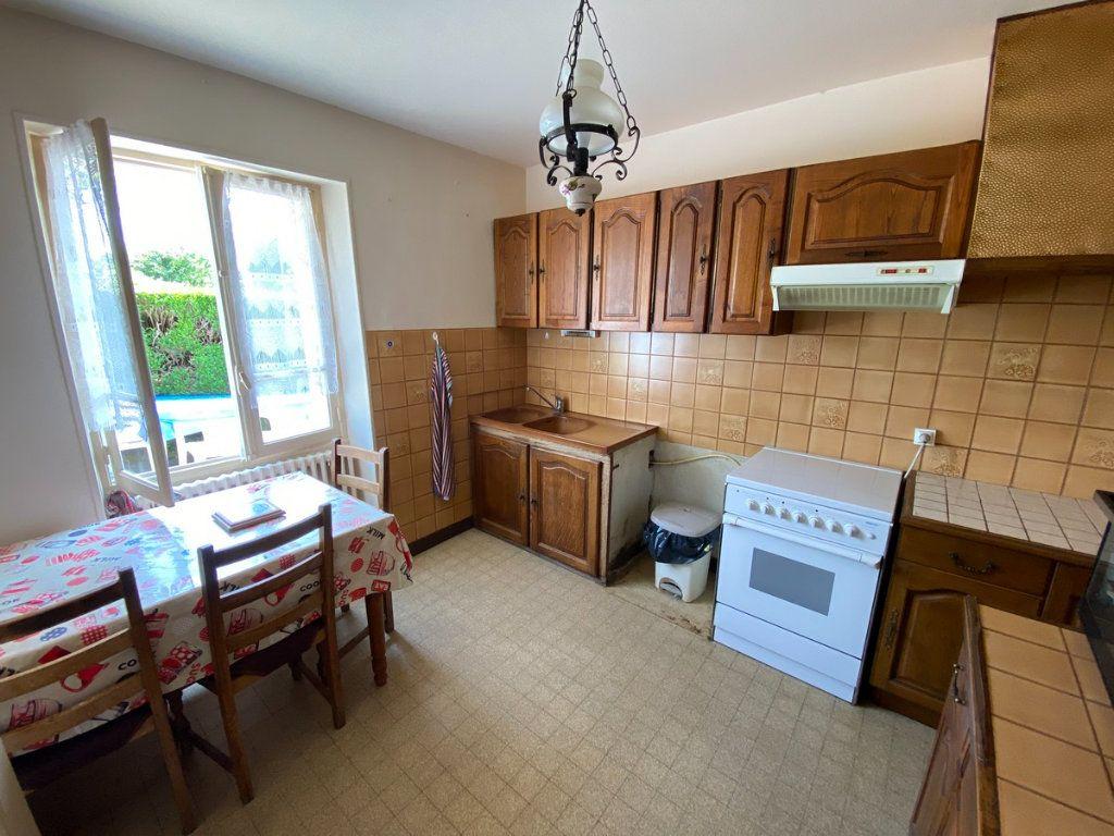 Maison à vendre 5 79.3m2 à Peyrat-le-Château vignette-5
