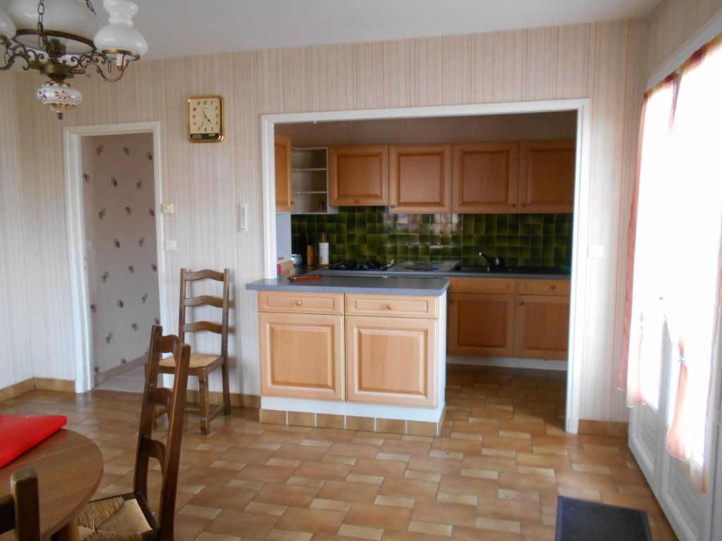 Maison à vendre 7 151m2 à Cournon-d'Auvergne vignette-4