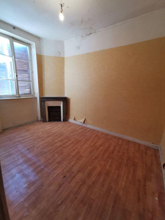 Maison à vendre 9 220m2 à Billom vignette-6