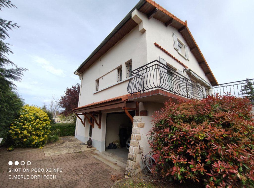 Maison à vendre 6 149m2 à Cournon-d'Auvergne vignette-1