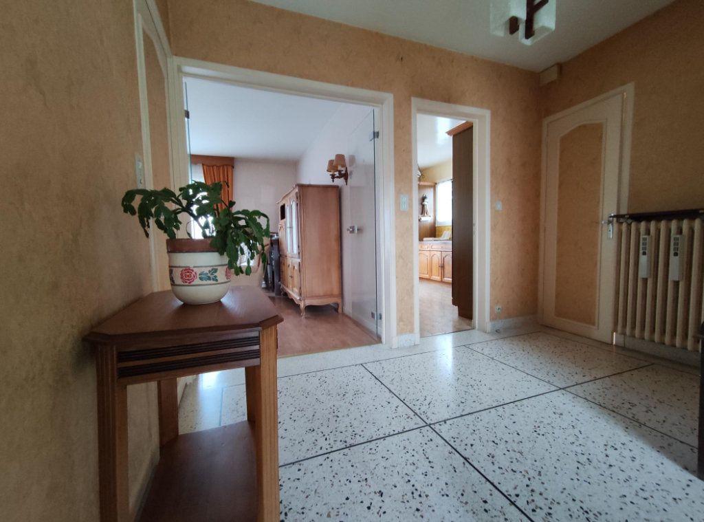 Maison à vendre 6 149m2 à Cournon-d'Auvergne vignette-5