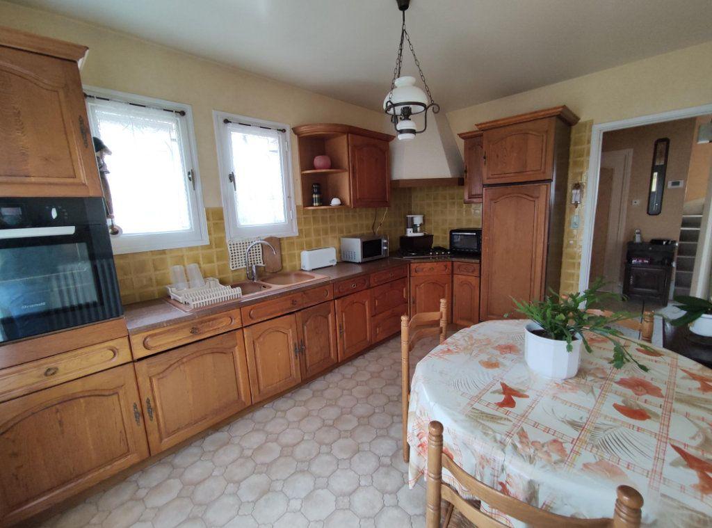 Maison à vendre 6 149m2 à Cournon-d'Auvergne vignette-6