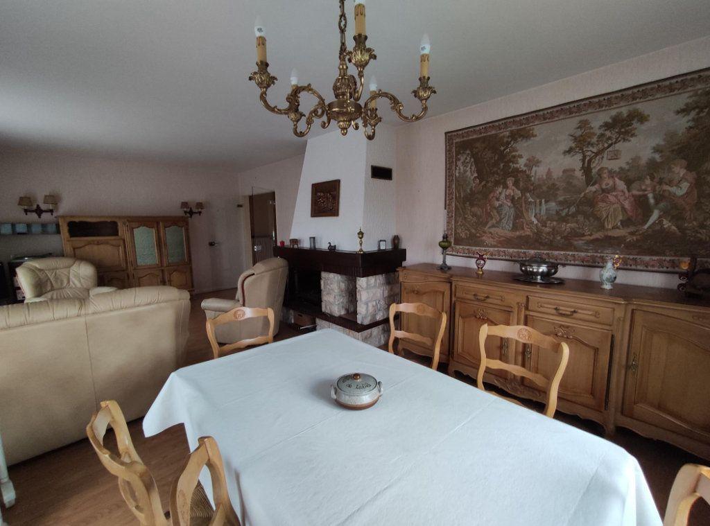 Maison à vendre 6 149m2 à Cournon-d'Auvergne vignette-8
