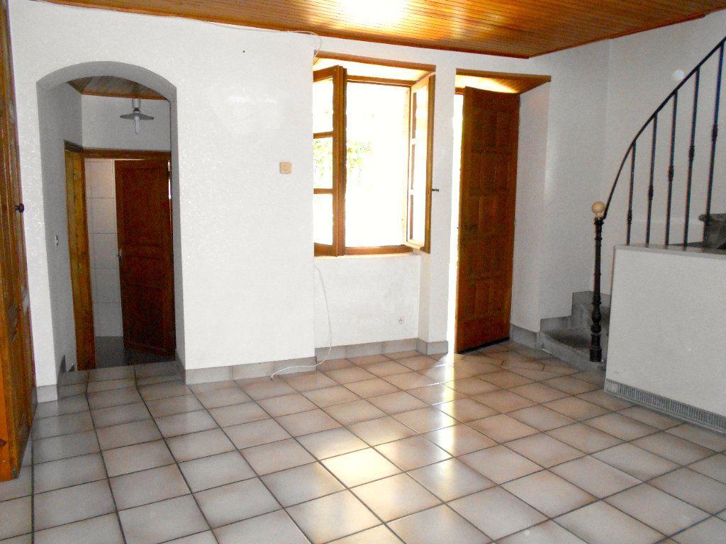 Maison à louer 5 90m2 à Chanonat vignette-2