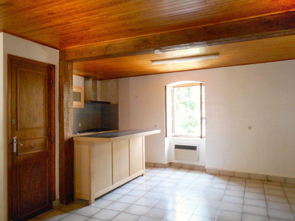 Maison à louer 5 90m2 à Chanonat vignette-3