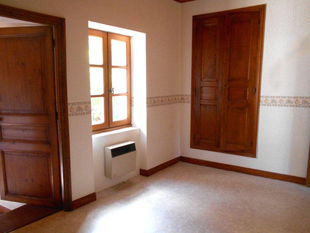 Maison à louer 5 90m2 à Chanonat vignette-6