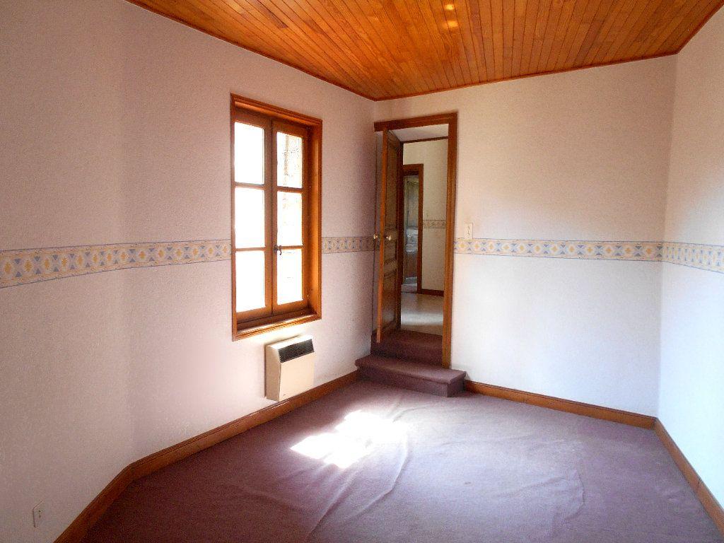 Maison à louer 5 90m2 à Chanonat vignette-7