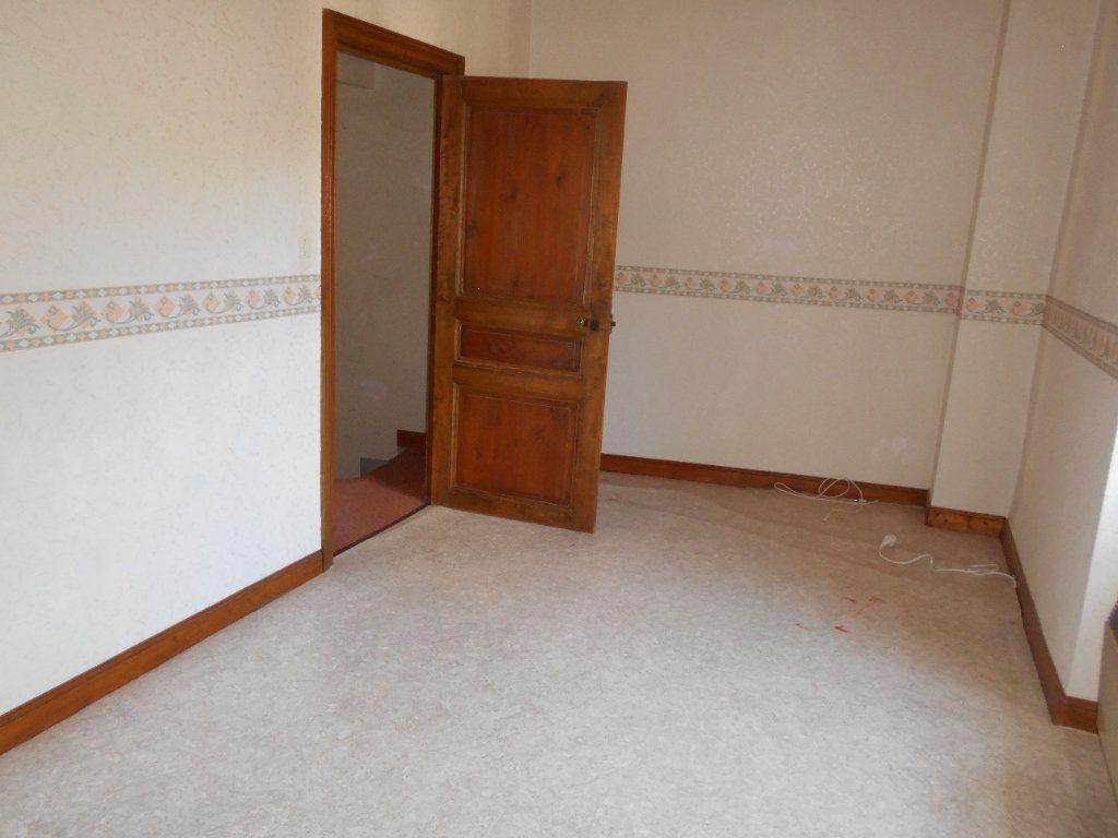 Maison à louer 5 90m2 à Chanonat vignette-9