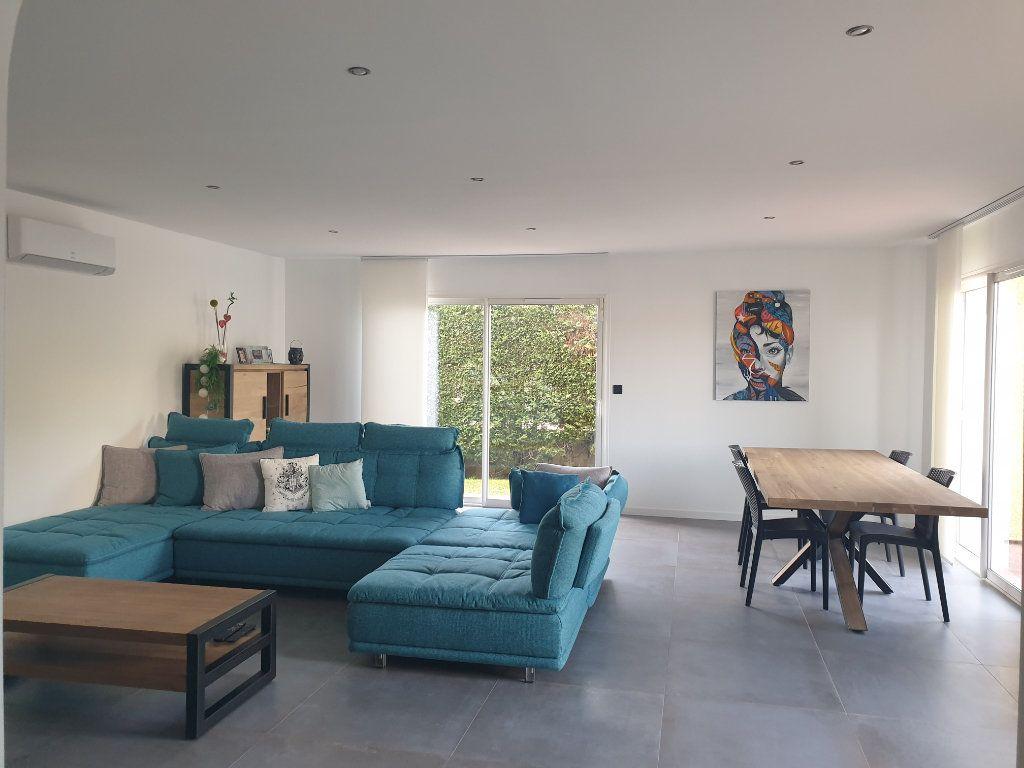 Maison à vendre 7 198m2 à Toulouse vignette-4