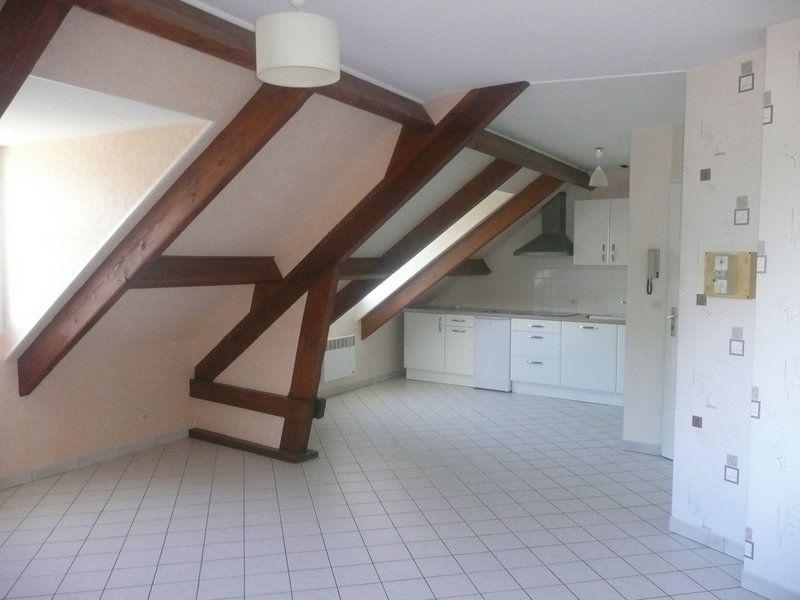 Appartement à louer 3 54m2 à Étréchy vignette-3