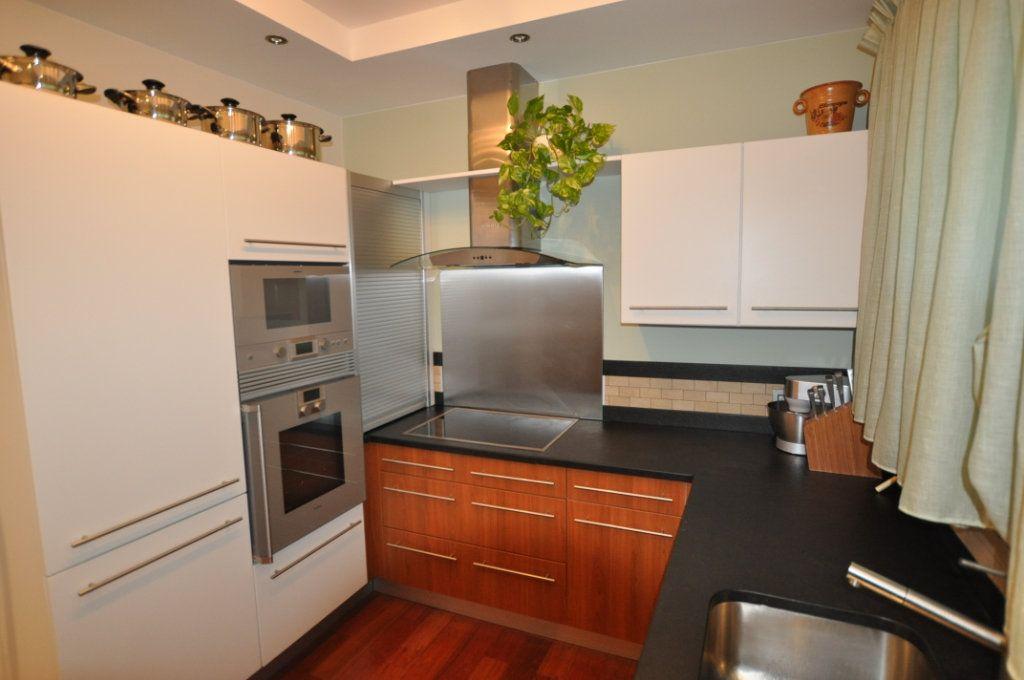 Appartement à vendre 3 80m2 à Villeneuve-Loubet vignette-5