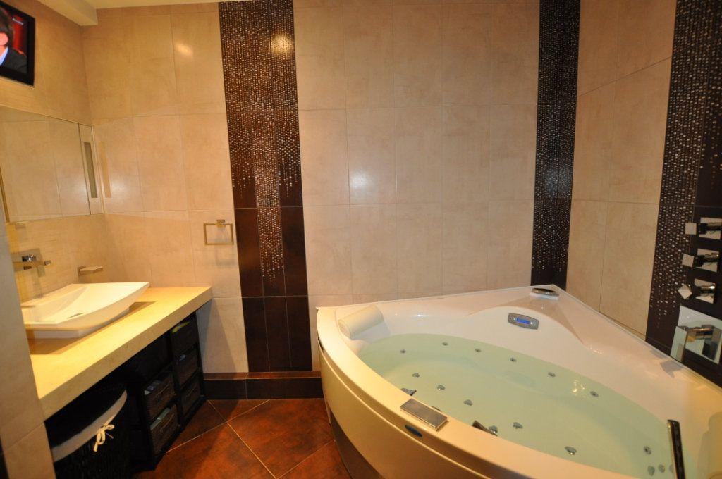 Appartement à vendre 3 80m2 à Villeneuve-Loubet vignette-6