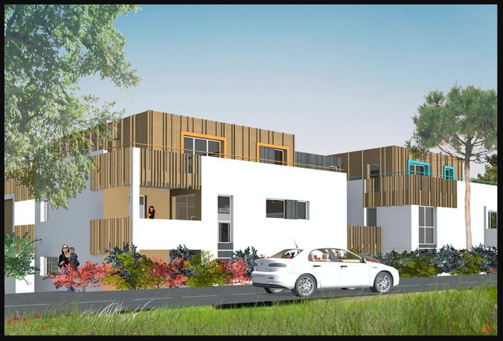 Appartement à vendre 3 62.43m2 à La Baule-Escoublac vignette-1