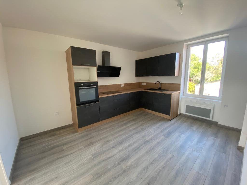 Appartement à vendre 4 79m2 à Pornichet vignette-1