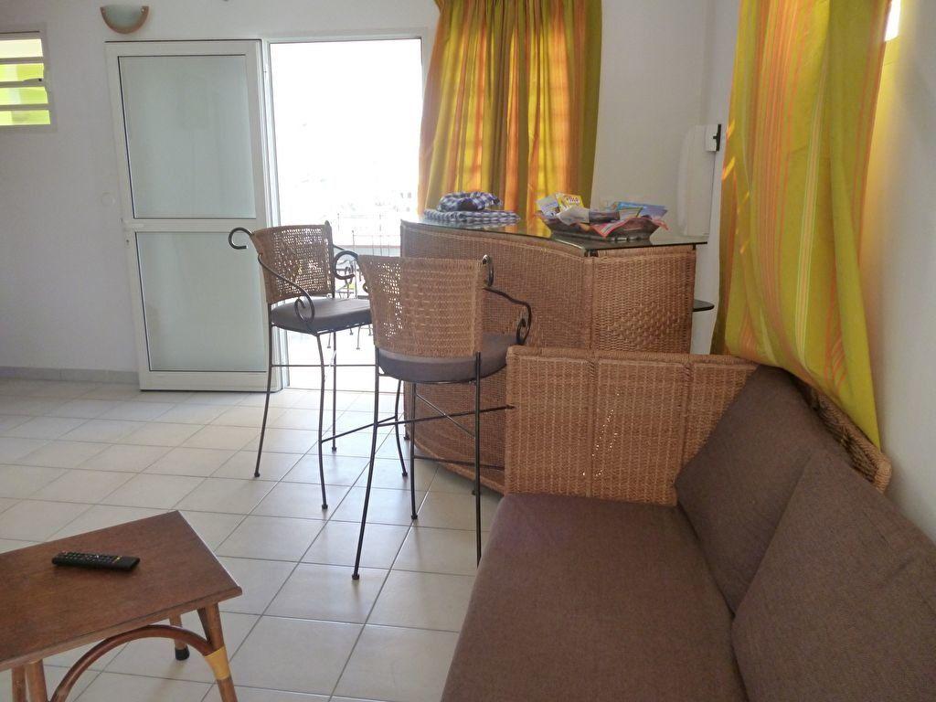 Appartement à louer 3 86m2 à Le Vauclin vignette-1