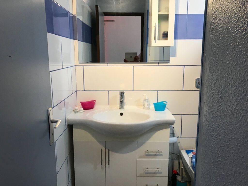 Appartement à vendre 1 24m2 à Sainte-Anne vignette-5