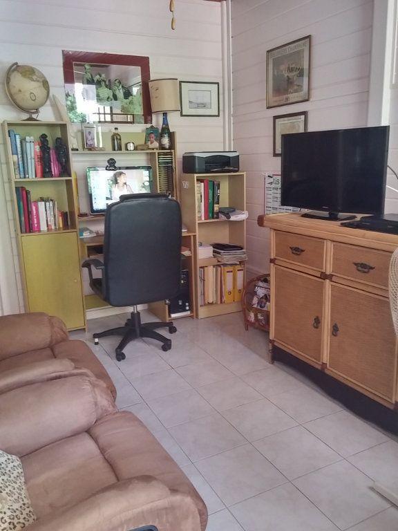 Maison à vendre 9 224m2 à Sainte-Anne vignette-12