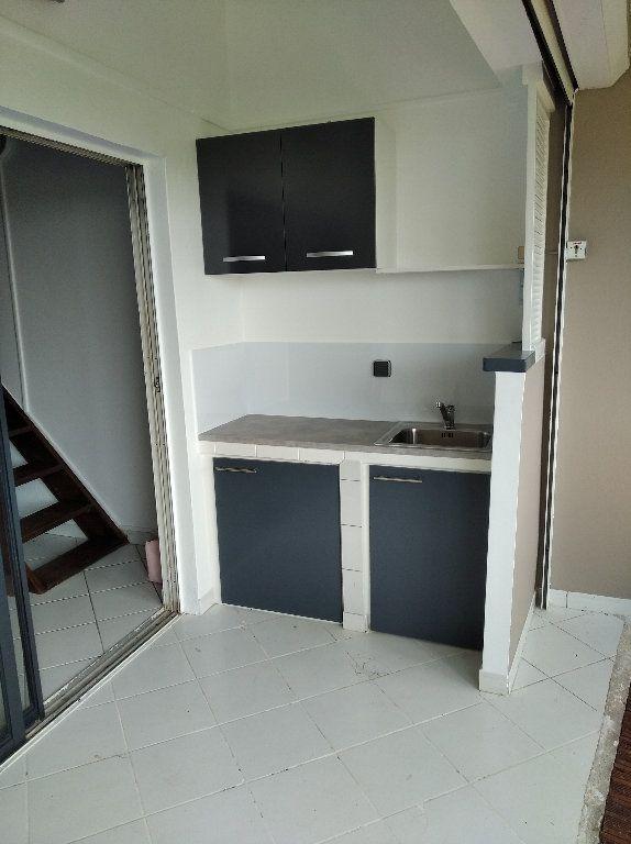 Appartement à louer 2 42m2 à Le Lamentin vignette-5
