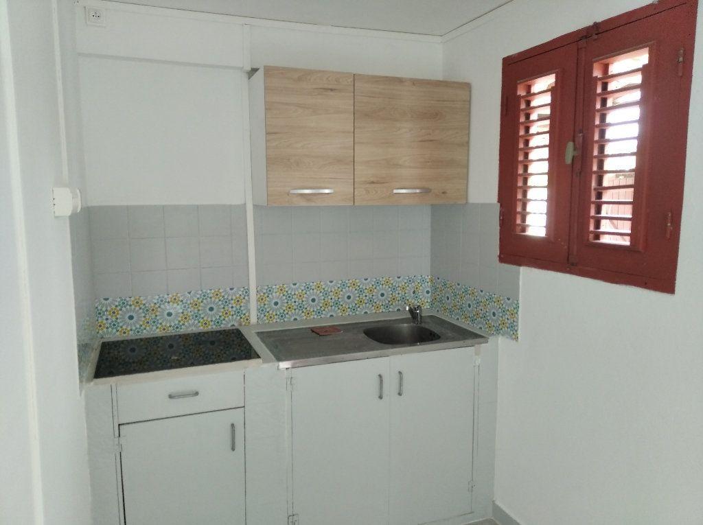 Appartement à louer 2 31.82m2 à Sainte-Luce vignette-2