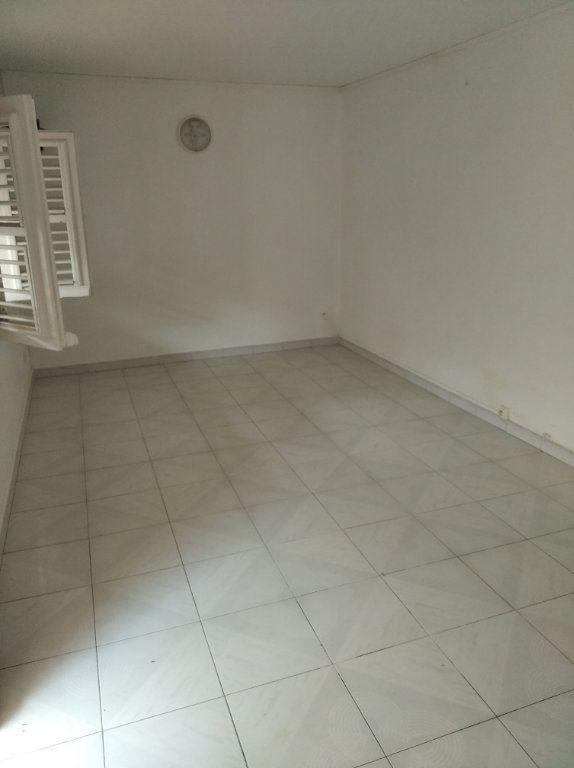 Appartement à louer 1 21m2 à Sainte-Luce vignette-3