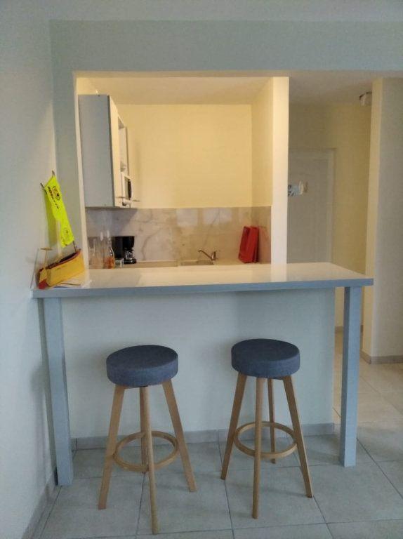 Appartement à louer 2 42m2 à Sainte-Luce vignette-4