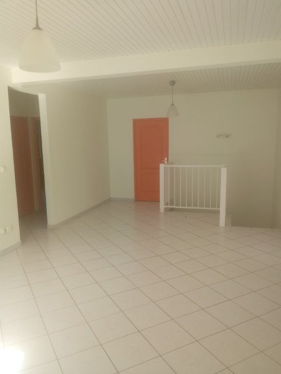 Maison à louer 4 93.3m2 à Ducos vignette-4
