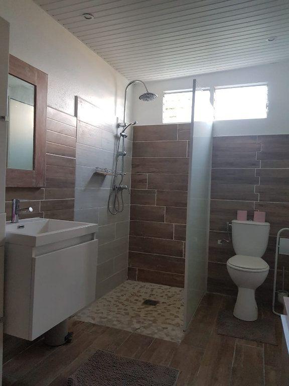 Appartement à louer 2 70m2 à Rivière-Pilote vignette-3