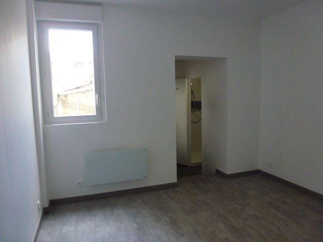 Appartement à louer 1 18.1m2 à Brou-sur-Chantereine vignette-2