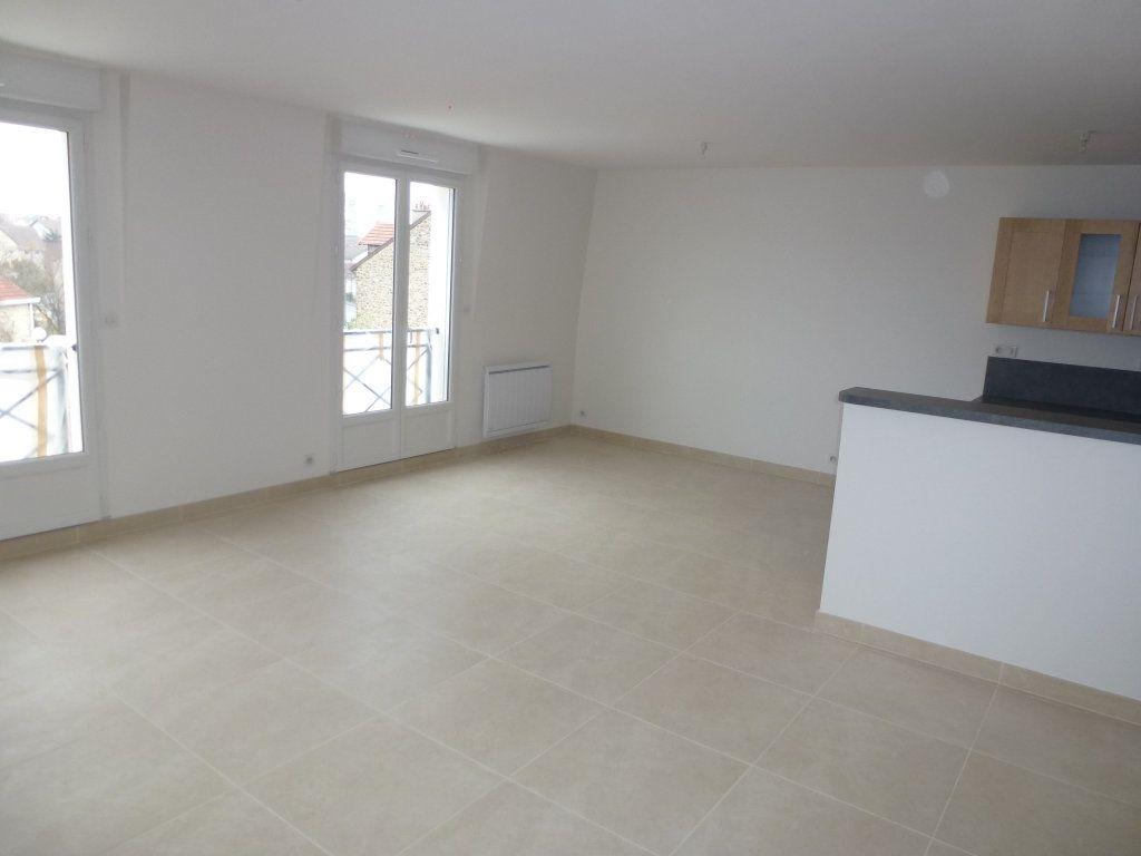 Appartement à louer 3 74m2 à Brou-sur-Chantereine vignette-3