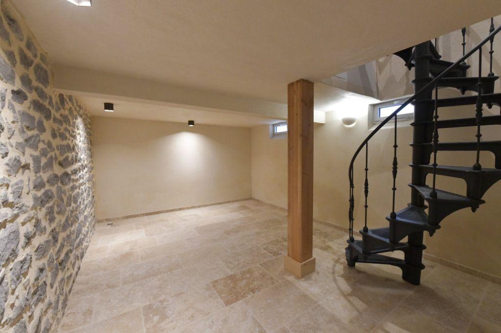 Appartement à vendre 5 138m2 à Clermont-Ferrand vignette-4